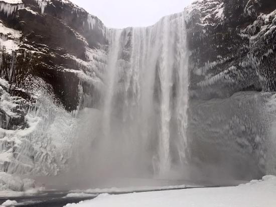 Iceland Guided Tours : Skogafoss, South Coast Tour