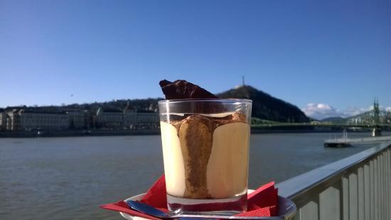EscoBar & Cafe