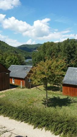 Entraygues-sur-Truyere, Prancis: Entraygues et camping val de saures aout 2015