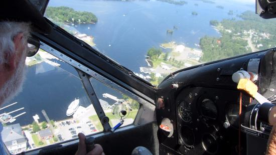 Greenville Junction, ME: Pilot circling to prepare for the landing