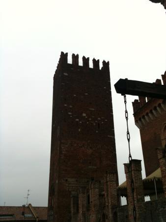 Carimate, Włochy: Torre