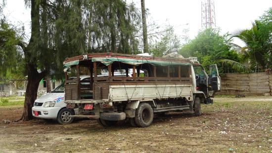 Mamamapambo Boutique Hotel: Dala dala - local transport.