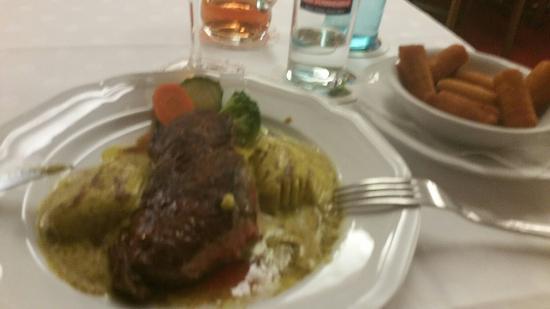 Hotel-Restaurant Kaiser: 20160206_185009_large.jpg