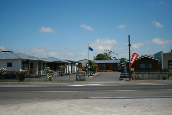 High Street Motel