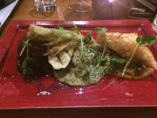 Ruthin, UK: Amazing vegetarian trio