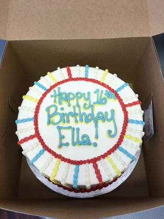 Picked up a birthdaycake for Ella and was blown away at the amazing