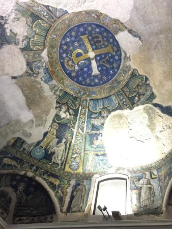 Basilica Santa Restituta