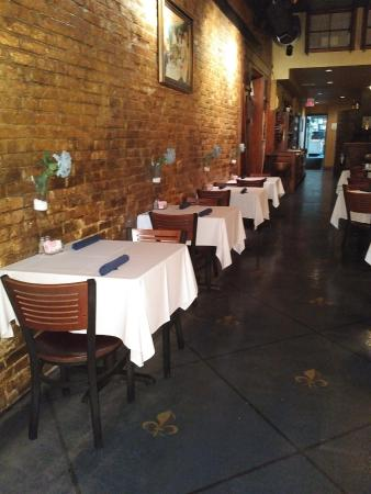 Max's Brick Oven: Main Dining Room