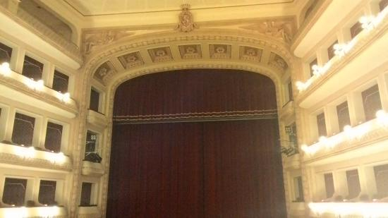 Teatro Francesco Cilea: Interno teatro