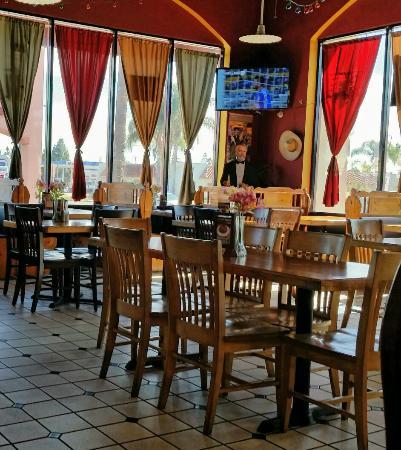 La Mirada, كاليفورنيا: Marisa's Restaurant