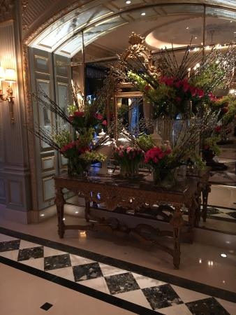 Four Seasons Hotel des Bergues Geneva: photo1.jpg