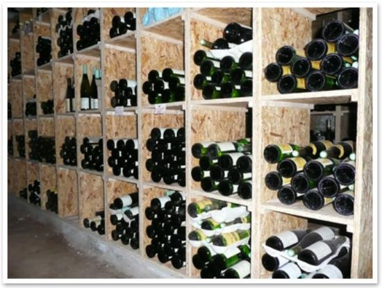 la cave vin picture of wistub du sommelier bergheim tripadvisor. Black Bedroom Furniture Sets. Home Design Ideas