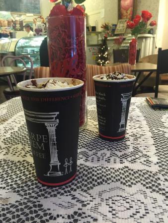 Jim Thorpe, PA: Fantastic hot chocolates!!