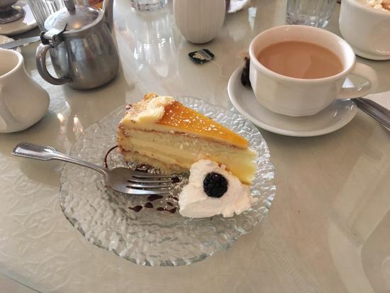Amadeus Cafe & Restaurant: photo0.jpg