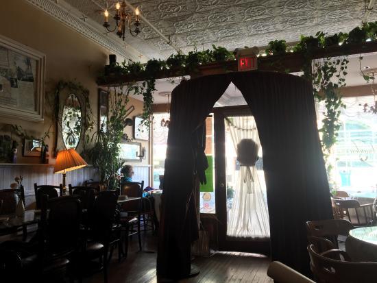 Amadeus Cafe & Restaurant: photo2.jpg