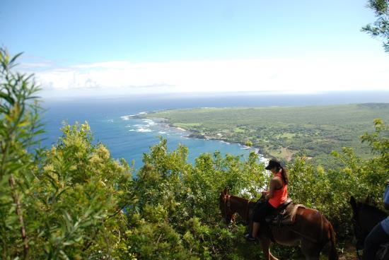Molokai Mule Ride: view to Kalaupapa atop the mule along the trail