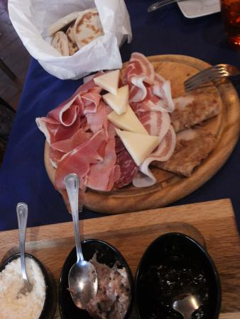 Nonantola, Italien: antipasto