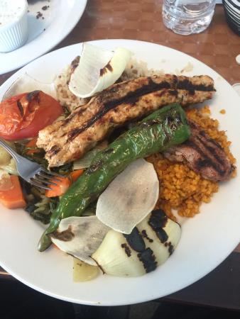 Stoughton, แมสซาชูเซตส์: Lamb Adana and Chicken Adana Skewers