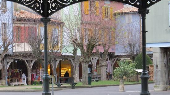 Mirepoix, Francja: Bastide's center