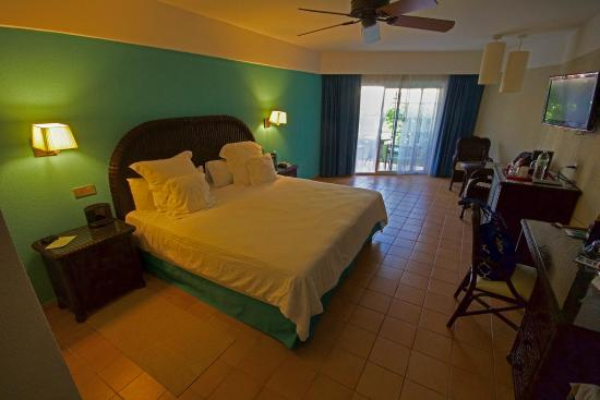our room in the 3000s bild von barcelo bavaro beach adults only rh tripadvisor de