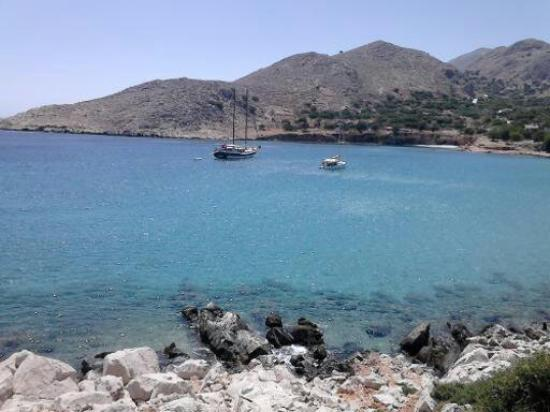 Halki, اليونان: The island of Halki Greece one of the beautiful inlets on this unspoiled place.