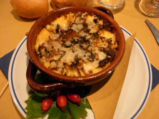 Sarteano, إيطاليا: polentina e ....