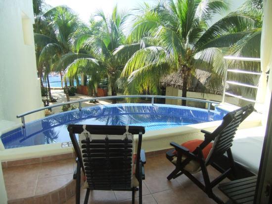 El Dorado Maroma, by Karisma: We had an Infinity Pool!