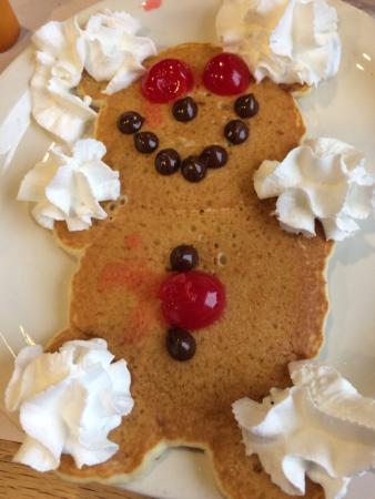 Peoria, IL: Teddy Bear pancakes