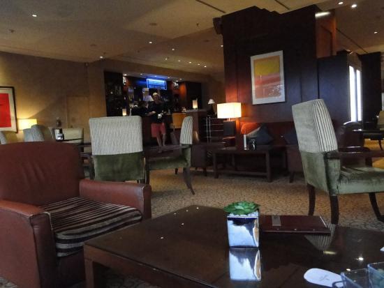 Corinthia Hotel Prague: Área do bar