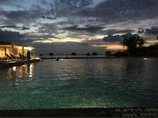 Century Langkasuka Resort: image-40a41b7966fe6225dd29c56bb6b49e6c192df04bcd702f904ad24a85db3a5cf7-V_large.jpg
