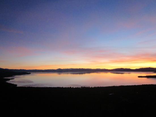 Lake Tahoe Nevada State Park: lake tahoe sunset looking south