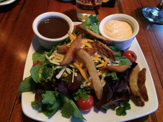 Palmyra, PA: House salad, small, premium greens, fresh cut fries, homemade dressing
