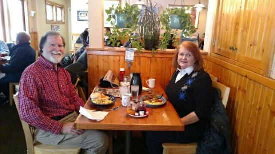 ฟริสโก, โคโลราโด: Breakfast at the Log Cabin Cafe