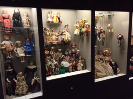 Colby, KS: Dolls