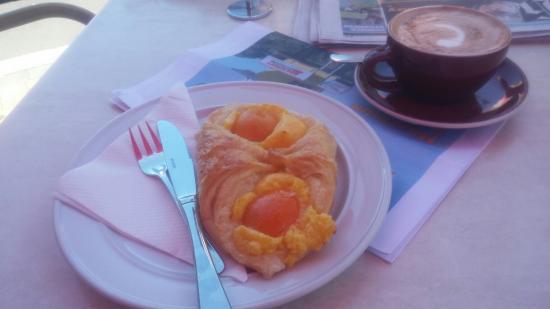 Mondo Cafe