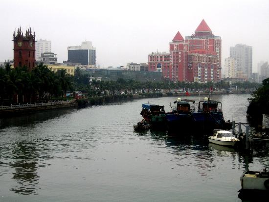 ‪‪Haikou‬, الصين: The Clock Tower beside the Haidian River‬
