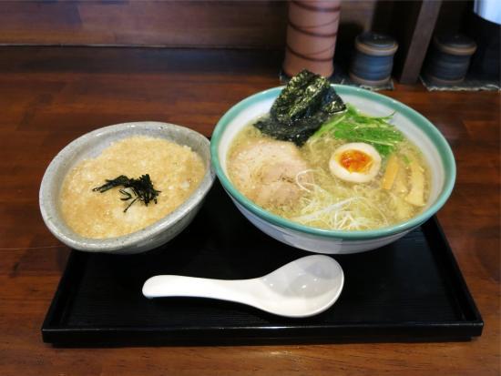 Otofuke-cho, Japón: 塩ラーメン+とろろ御飯