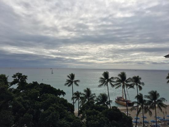Moana Surfrider, A Westin Resort & Spa: photo0.jpg