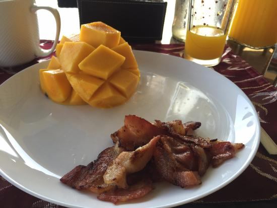 Chindonan Dive Resort: My special request for breakfast every day.