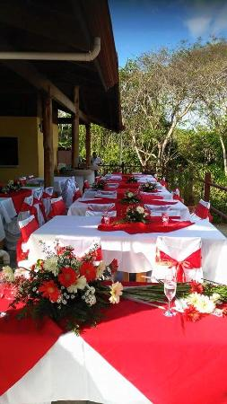 Agua Dulce Restaurant