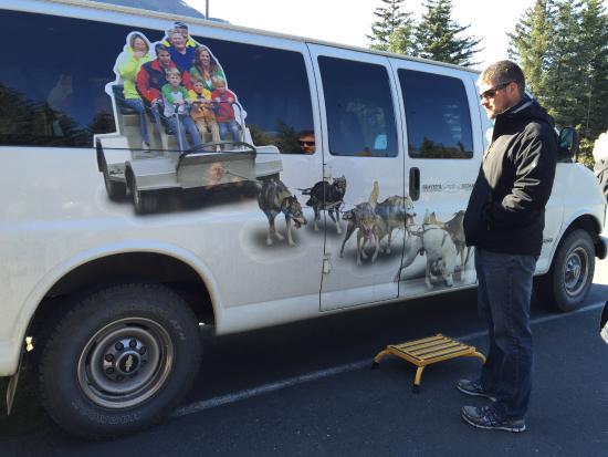 Seward, Alaska: Heading to the tour in their designated van