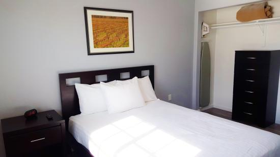 Pahrump, NV: Comfortable King Size Beds & Flat Screens