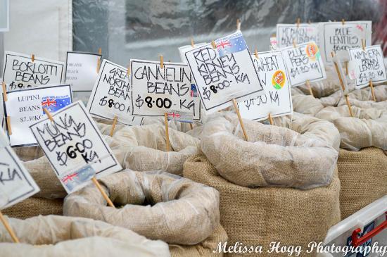 Ballarat Bridge Mall Farmers Market - Nuts, Dried fruit & Grains