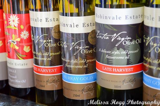 Ballarat Bridge Mall Farmers Market - Olive Oils