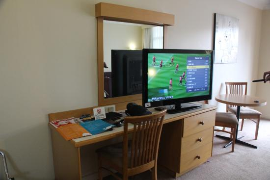 Orange, Australie : Decent sized TV but Fox TV reception could have been better