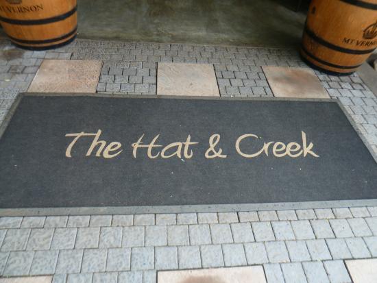 The Hat & Creek - Hoedspruit: Entrance to Hat and Creek