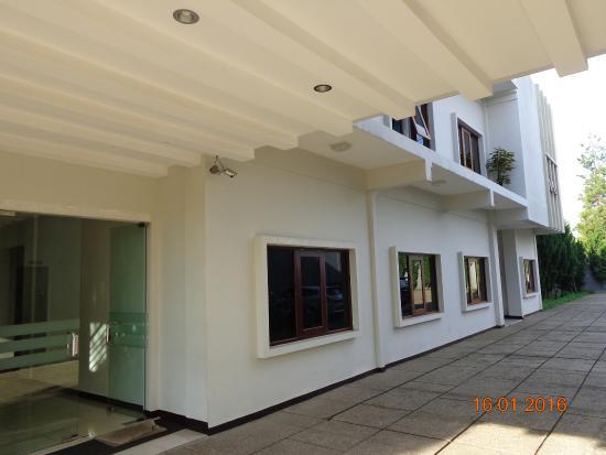 kamar lantai 1 dekat parkiran picture of villa puri teras bandung rh tripadvisor com ph