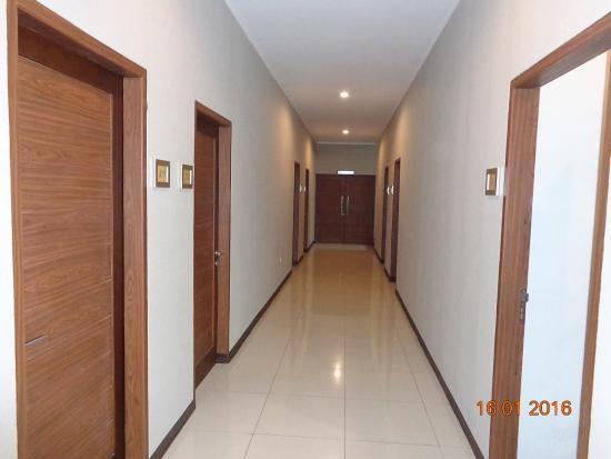 lobby picture of villa puri teras bandung tripadvisor rh tripadvisor com
