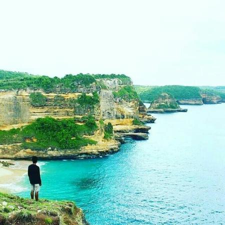 Desa Sekotong Barat, Endonezya: Pantai Surga, 15 minutes drive from/to Pink Beach
