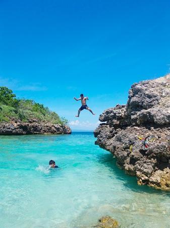 Desa Sekotong Barat, Endonezya: Gili Petelu, 10 minutes boat ride away from/to Pink Beach